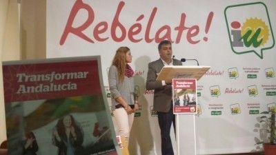 Manuel Cárdenas y Noemí Palomares, en la presentación del programa de IU.